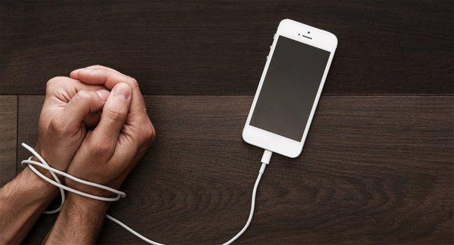 دوری از تلفن همراه