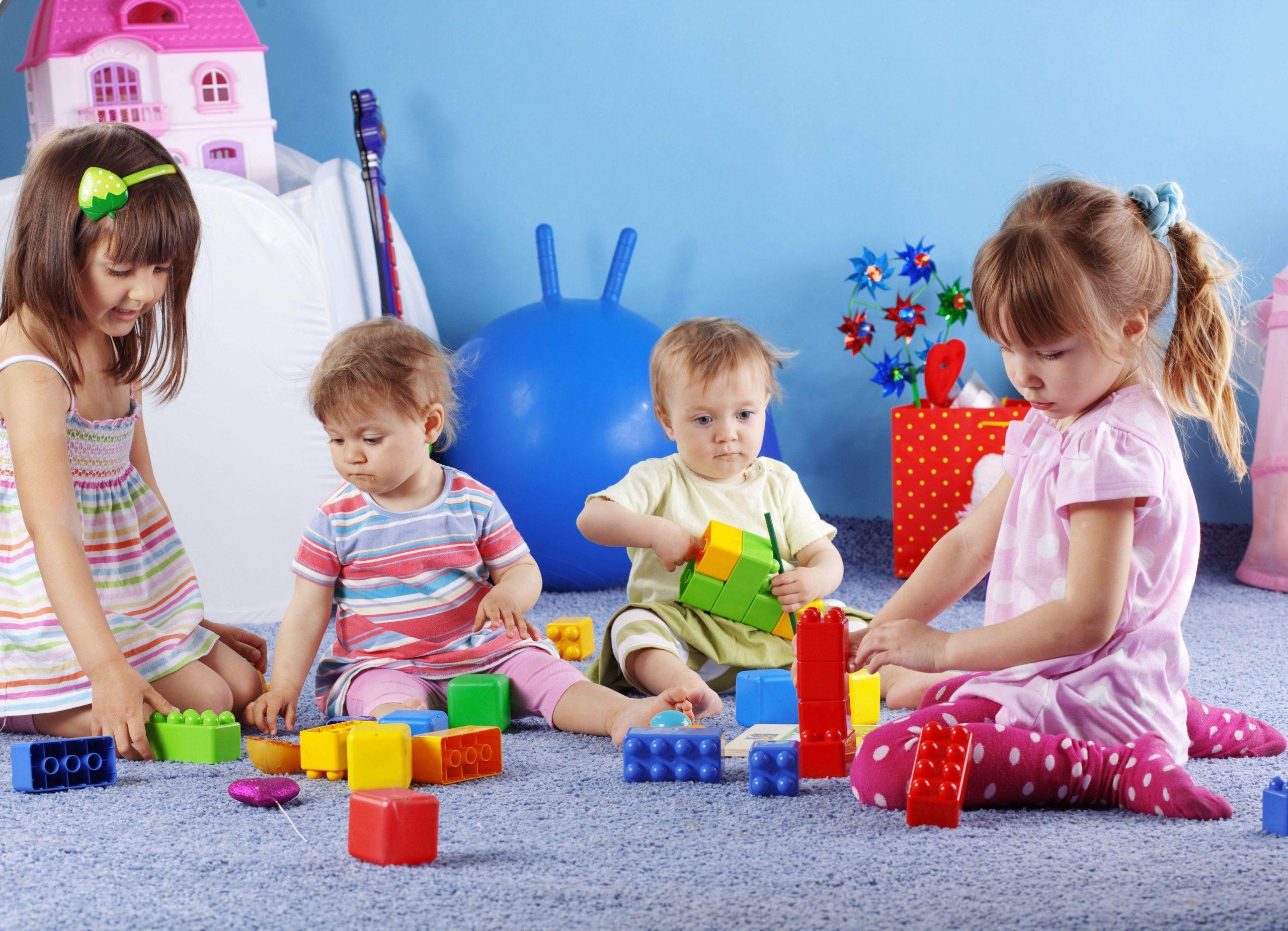 تصویر از بازی فکری مفید و مناسب برای کودکان یک تا ۱۰ سال کدامند؟