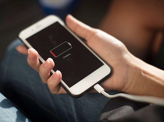 ماندگاری کم باتری و آنتندهی ضعیف