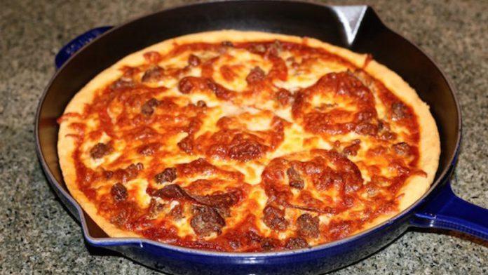 طرز پختن پیتزا بدون فر