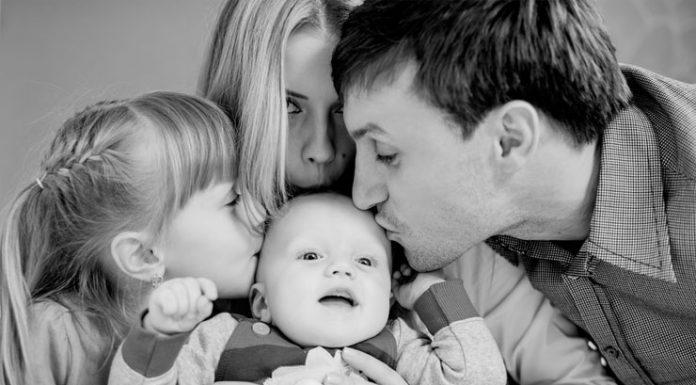 چرا نباید فرزندانمان را بیشتر از همسرمان دوست داشته باشیم؟