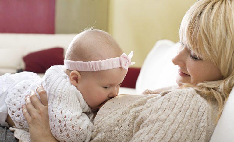 چرا شیر مادر بهتر است؟