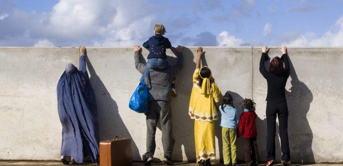 مصائب بعد از مهاجرت