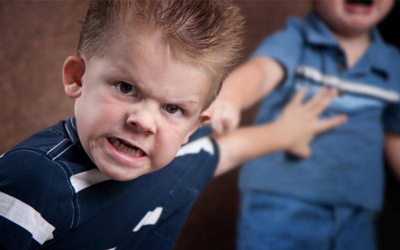 تصویر از با کودکان لجباز چگونه رفتار کنیم؟