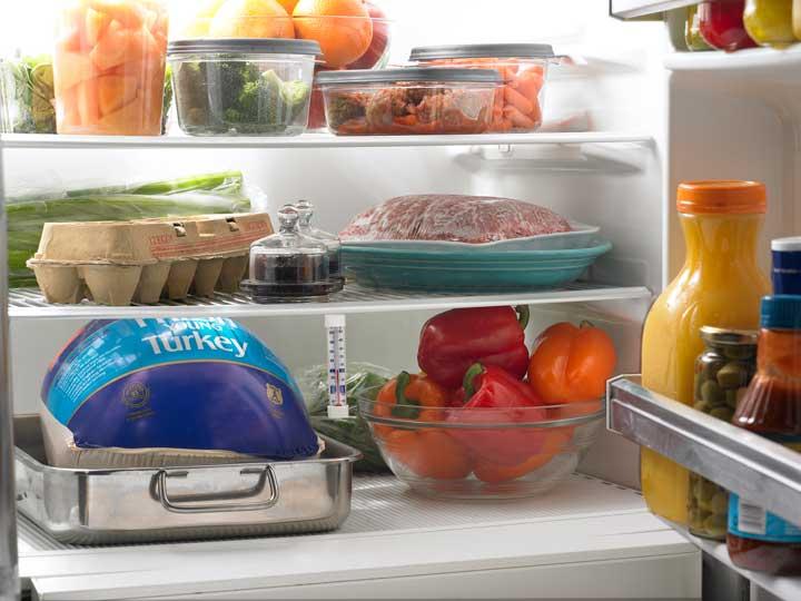 نگهداری مواد غذایی