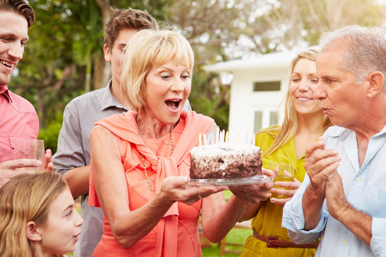 تصویر از پیشنهادی متفاوت برای شاد کردن پدربزرگ و مادربزرگها