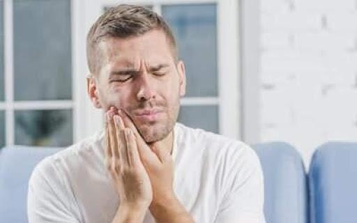 تصویر از درمان دندان درد بدون مراجعه به پزشک در دوران کرونا
