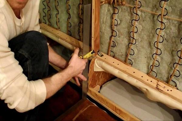 تصویر از تعمیر مبل شکسته، ۶ راهکار برای استفاده دوباره!