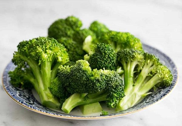 تصویر از خواص کلم بروکلی برای سلامتی، حقایق تغذیهای و نحوه مصرف آن