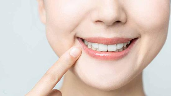 تصویر از روشهای سنتی جرمگیری دندان در خانه