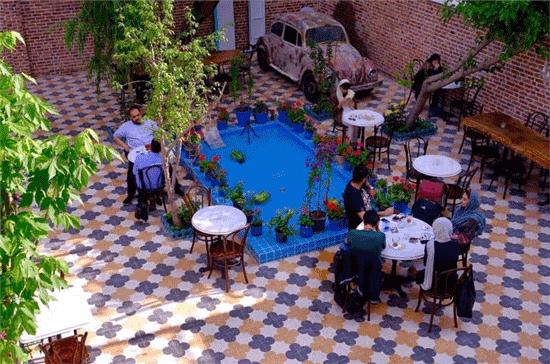 تصویر از بهترین رستورانهای فضای باز در تهران