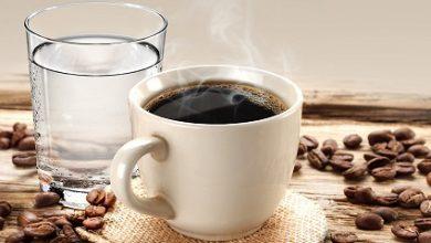 تصویر از رابطه عجیب مصرف آب و قهوه بر سلامت روان