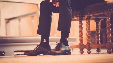 تصویر از راهنمای کامل استفاده از جوراب و ست کردن آن با کفش و لباس