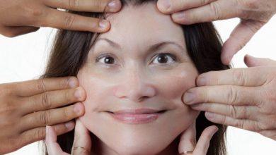 تصویر از ۵ ورزش صورت برای شادابی پوست