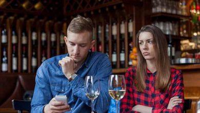 تصویر از ۱۴ رفتاری که نشان میدهد مردی به شما علاقه ندارد
